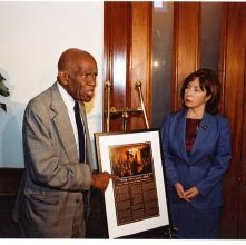 """Image of 1121-100_0153 - Unveiling of """"40 Acres and a Mule"""" Print"""