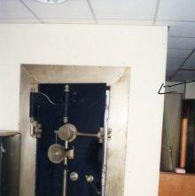Image of 1121-100_0268 - Wage Earners and Savings Bank Vault
