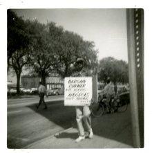 Image of 1121-100_0598 - Bargain Corner Demonstration