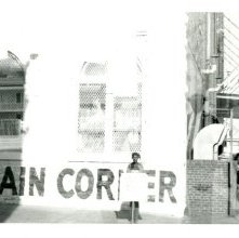 Image of 1121-100_0641 - Bargain Corner Demonstration