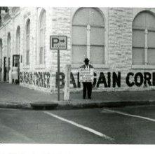 Image of 1121-100_0644 - Bargain Corner Demonstration