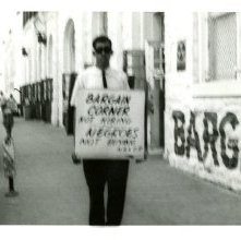 Image of 1121-100_0651 - Bargain Corner Demonstration