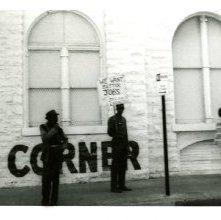 Image of 1121-100_0652 - Bargain Corner Demonstration