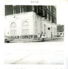 Image of 1121-100_0656 - Bargain Corner Demonstration