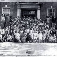 Image of 1121-100_0679 - Students in front of a school