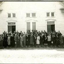 Image of 1121-100_0682 - Group in Front of a Building