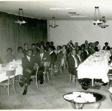 Image of 1121-100_0718 - Group Dinner at Ganem's