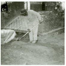 Image of 1121-100_0805 - Laurel Grove South Cemetery Restoration Work