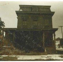 Image of 1121-100_0924 - 501-503 East Huntingdon Street