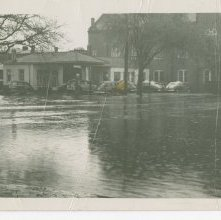 Image of 1121-100_1062 - West Broad Flooding