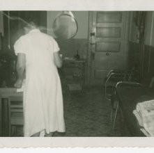 Image of 1121-100_1527 - Unidentified Woman at Beauty School or Salon