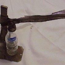 Image of Capper, Bottle