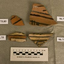 Image of 90.75.75 - Sherd