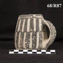 Image of 68/87 - Vessel, Mug