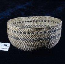 Image of 18/1578 - Basket