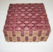 Image of Bottom of Basket