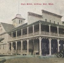 Image of Park Hotel, Suttons Bay, Mich.