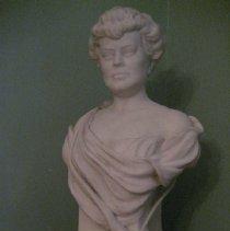 Image of Alva Belmont bust 2