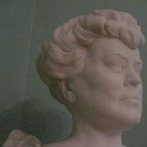 Image of Alva Belmont bust, side