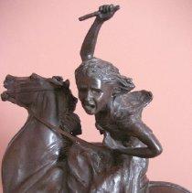 Image of Sybil Ludington sculpture, detail