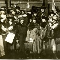 Image of Photographic Records of the National Woman's Party-Action Photos - 1919.001.060.02