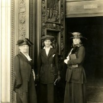 Image of Photographic Records of the National Woman's Party-Action Photos - 1920.001.029