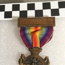 Image of 00.17.3   Medal, Service, Red Cross, WWI