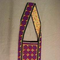 Image of Zoua Yang, Shoulder bag, no date, Hmong, Cotton, 31x9in