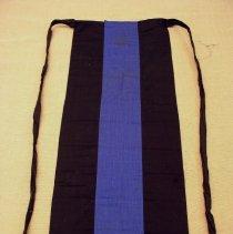 Image of Pa Shoua, Girl's apron, 1976, White Hmong, Cotton