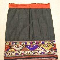 Image of Artist unknown,Woman's tubular skirt,1900-45,Tai Dam/Sam Neua/Laos,Cotton