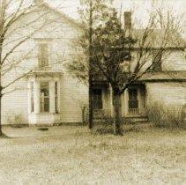 Image of Hazelhurst Camp Buildings - Farm House - pc-6-4-1-i-m
