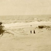 Image of Dunes, Indiana - Views of Beach (Tremont) - pc-6-6-11-a2-m