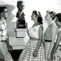 Image of CHS - Students viewing a bust