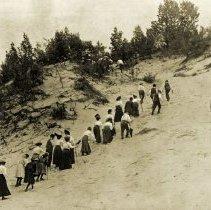 Image of Hikes and Walks - Dunes Area Climbing Mt. Tom - pc-6-7-3-b1-m
