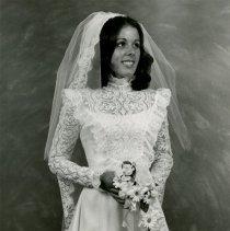 Image of Bride Portrait                                                                                                                                                                                                                                                 - weddingsann-015