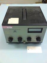 Image of Komfortmeter - Komfortmeter, der direkte kunne måle graden af termisk komfort. Instrumentet bygger på Professor Ole Fangers komfortligning og blev udviklet af Lektor Thomas Lund Madsen ved Laboratoriet for Varmeisolering. Denne udgave af komfortmetret var i produktion hos Brüel og Kjær