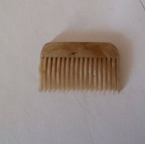 Image of 2013.335.345 - Comb, Hair