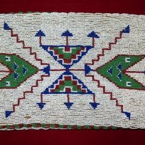 Image of 96.0039 Beaded Side2