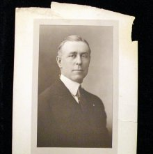 Image of 421.4 - Photograph