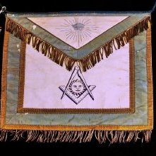 Image of Apron, Fraternal - 652