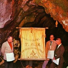 Image of Volcano Lodge cave