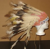 Image of 1986.173.001 - Headdress