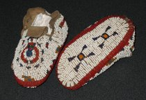 Image of 2007.042.036 - Moccasin