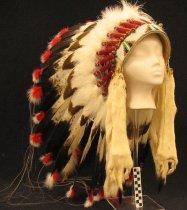 Image of 2012.066.011 - Headdress