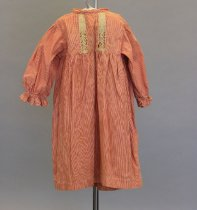 Image of 1968.007 - Dress