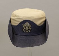 Image of 1980.101.017.1 - Hat