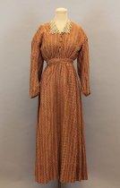 Image of 1985.054.023 - Dress