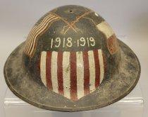Image of 2003.079.797 - Helmet