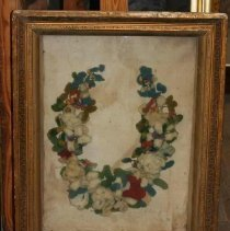 Image of 2009.049 - Shadowbox with Wreath