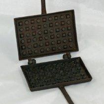 Image of 67.49 - Waffle Iron